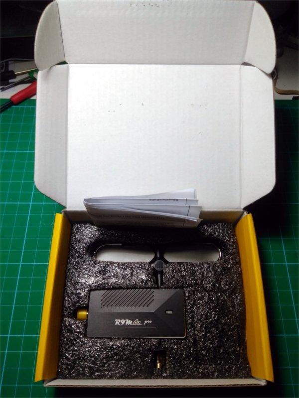 Contenido-Caja-R9M-Frysky